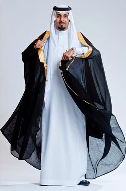 Arabic dress Arab men High Society –my prince– Muslim fashion Muslim men Men's Apparel Men dress The middle Thoughts Costumes Men Saudi Arabia Manish Outfits Clothes For Men Men's Outerwear Men's Clothing Man Clothes Men wear Menswear Men Clothes Men Outfits.
